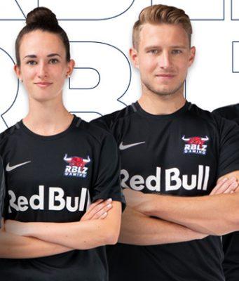 Der FIFA-21-Kader von RBLZ Gaming: Anders Vejrgang, Lena Güldenpfennig, Richard Hormes und Umut Gültekin (Foto: RB Leipzig)