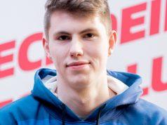 Schalke-Profi Tim Latka tritt unter anderem in der Virtual Bundesliga an (Foto: EA / Felix Gemein)