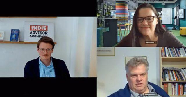 André Bernhardt (links), Ruth Lemmen und Prof. Malte Behrmann diskutieren über die Games-Förderung (Screenshot: YouTube)