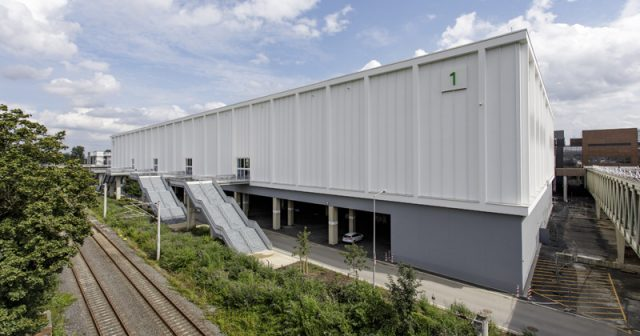 180 Meter lang, 25 Meter hoch: Die neue Halle 1 auf dem Kölner Messegelände (Foto: KoelnMesse / Ludolf Dahmen)