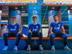 Der FIFA 22-Kader von Schalke 04 Esports: Hasan Eker (Hassoo), Julius Kühle (Juli) und Serhat Öztürk (Serhatinho) - Foto: Schalke 04